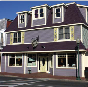 Linda Jeans Restaurant, Circuit Ave Oak Bluffs