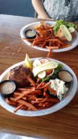 Dockside Dining: Fishbones Bar and Grille satisfies summertime cravings