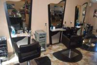 Fashionable Style in a Luxurious Salon